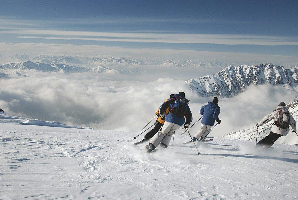 Ob-Skipisten-oder-Winterwanderungen--raus-in-die-schlafende-Natur