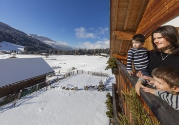 Suedtirol, Roter Hahn, Ferien auf dem Bauernhof, Stoffnerhof, Welsberg-Taisten, Wiesen 18, Familie Bachmann, Winter, Schnee, Februar 2017,